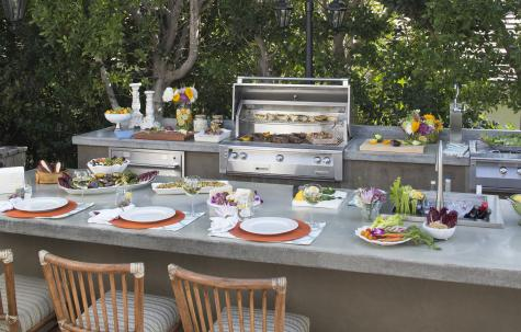 - Alfresco Glam Kitchen -