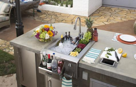 - Alfresco sink and beverage center -
